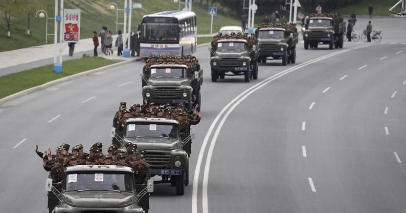 Soldati a Pyongyang